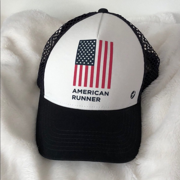 Oiselle American Runner trucker hat. M 5b69a399dcfb5a8efe6a3b86 7b6502f3762
